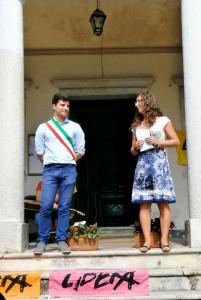 I sinsaco di Ghiffa Matteo Lanino e la referente del presidio Carlotta Bartolucci (foto di Luisa Mazzetti)